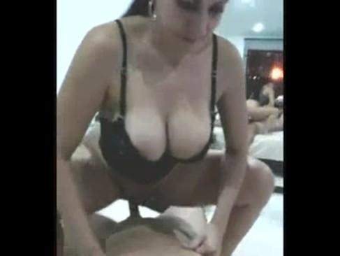 Fodendo com uma gostosa garota de programa - http://www.videosnacionais.com