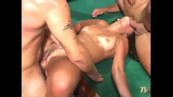 Sexo gostoso no bar