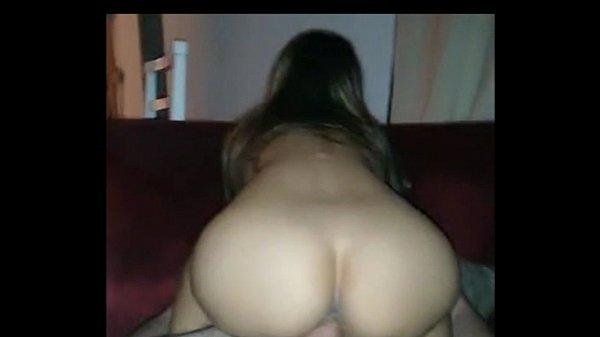 Corno filmando namorada com outro sem camisinha