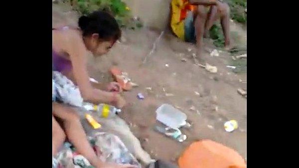 Suruba com uma moradora de rua