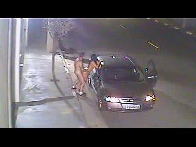 Sexo na Rua parou o carro e meteu a vara